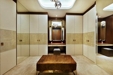 Walk in Closet Presidential Suite