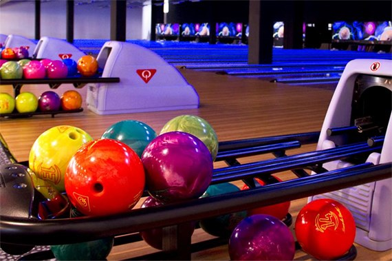 8-Pin Bowling | Attractions | Mall of Qatar