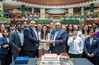 AlRayyan Hotel Doha, Curio Collection by Hilton Celebrates Award Win at Mall of Qatar
