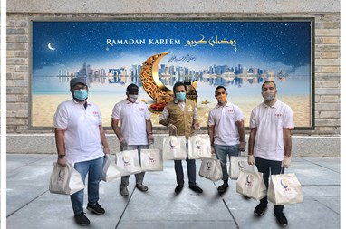 Mall of Qatar distributes Iftar meals to laborers across Qatar